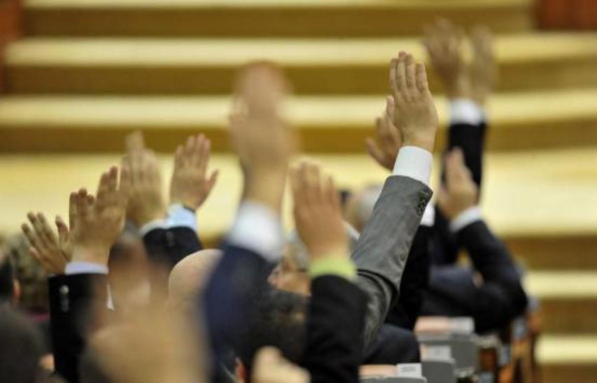 Incalcarea legii administratiei publice locale (Legea 215/2001)